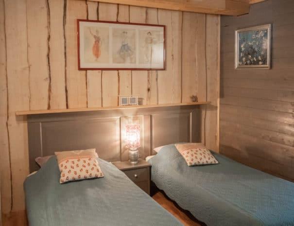 photo des lits simples - chambre d'hôtes - les violettes