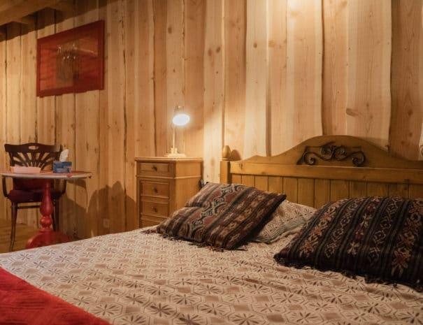 photo du lit double 4 - chambre d'hôtes - les bruyères