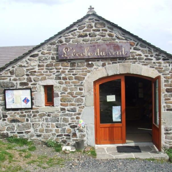Présentation de l'école du vent de Saint-Clément